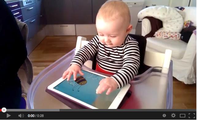 Video: bebê de 6 meses mexe no iPad pela primeira vez